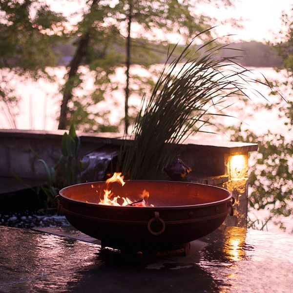 Emperor Wood Burning Outdoor Fire Pit image number 1