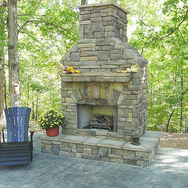 Elite Outdoor Custom Fireplace with Extended Hearth Surround image number 0