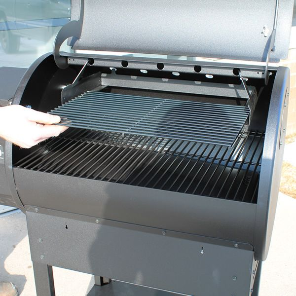 Louisiana Grills Universal Upper Cooking Rack image number 3