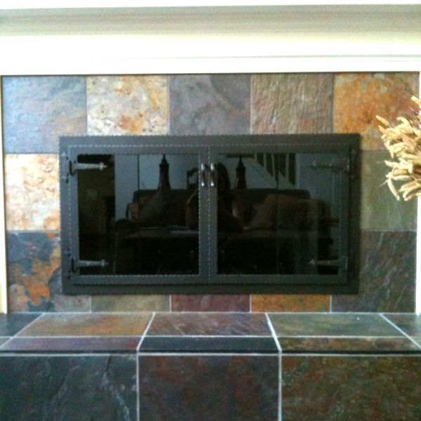 Hammered Edge Rectangle ZC Fireplace Door with Arch image number 0
