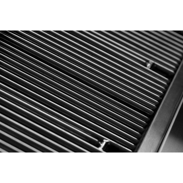 "Lynx Professional Built-In Gas Grill - 27"" image number 4"
