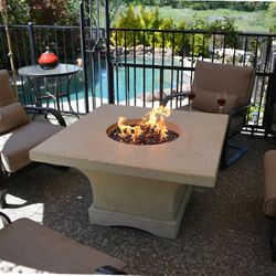 Mount Shasta Gas Fire Pit Table - Chat Height