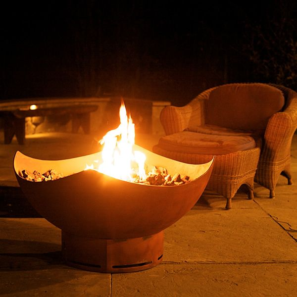 Manta Ray Gas Fire Pit image number 0