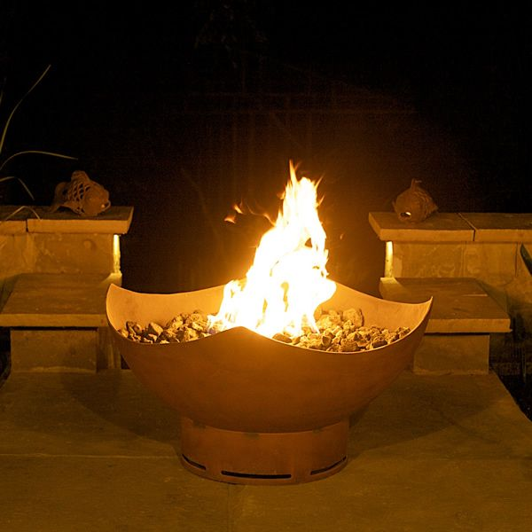 Manta Ray Gas Fire Pit image number 1
