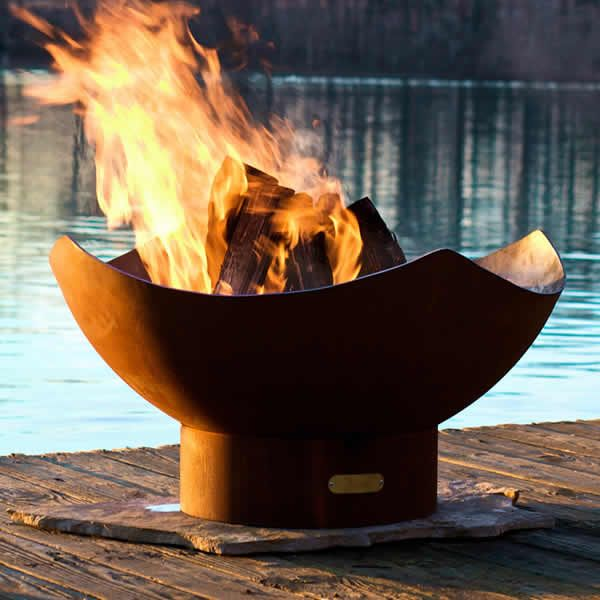 Manta Ray Wood Burning Fire Pit image number 0