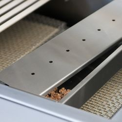 """Solaire Wood Chip Smoker Box - 21"""" Deluxe Grill"""