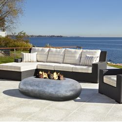 Prism Hardscapes Pebble Gas Fire Table