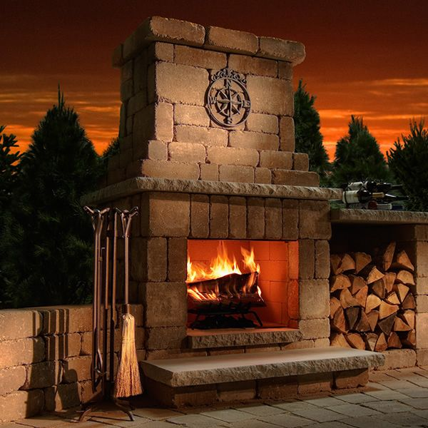 Rockwood Colonial Outdoor Fireplace image number 0