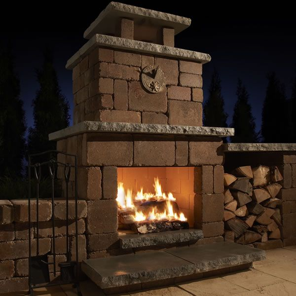 Rockwood Compact Outdoor Fireplace image number 0